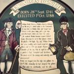 """биография Уильяма Броди стене эдинбургской таверни """"Deacon Brodies Тavern"""""""