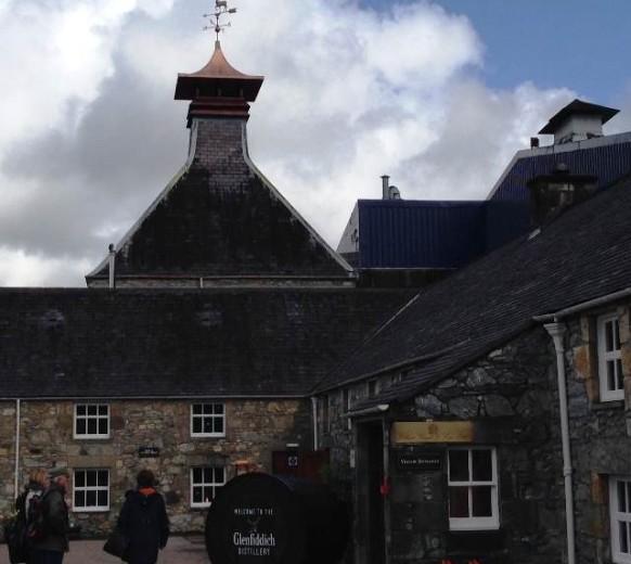 Вискикурня Гленфиддик — Glenfiddich Distillery