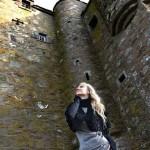 Ольга Ро во время своего февральского визита в замок
