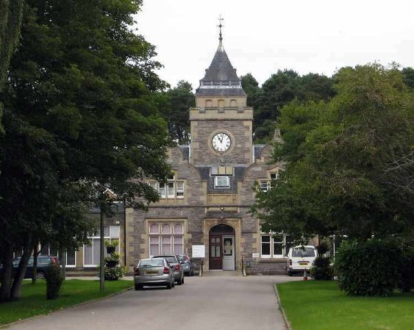 Leanchoil Hospital — щедрый подарок горожанам 19-века