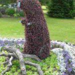 Цветочная скульптура бобра в Грант-парке